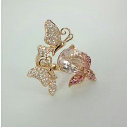 Butterfly on Morganite